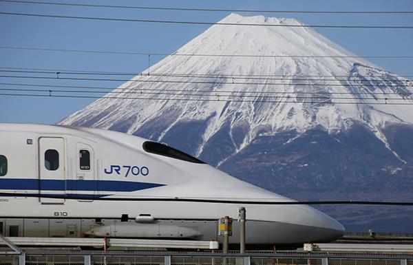 日本新干线.jpg